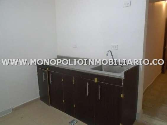 Local en arrendamiento - sector manila, el poblado cod: 22527